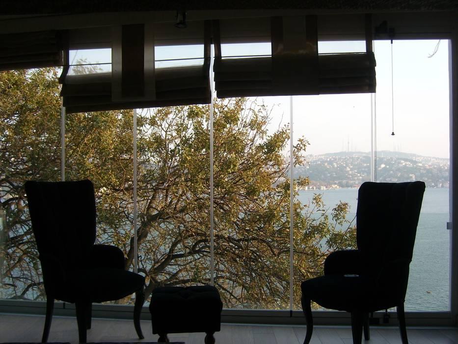 Modern balcony, veranda & terrace by Albert Genau Modern