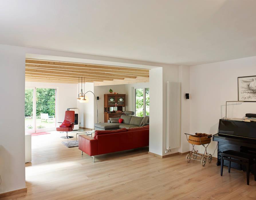Innenansicht Wohnzimmer: modern  von GRIESS-OSTEN ARCHITEKTUR,Modern