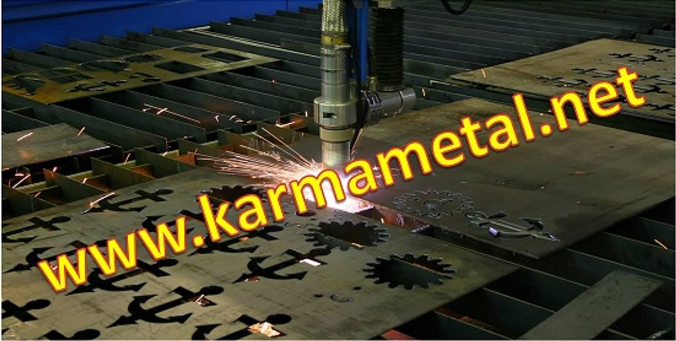 Industriale Wohnzimmer von KARMA METAL Industrial