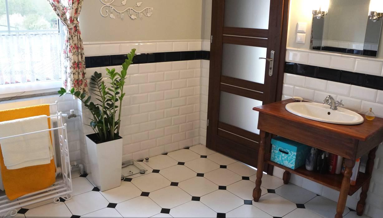 łazienka W Domu Na Wsi Styl W Kategorii łazienka