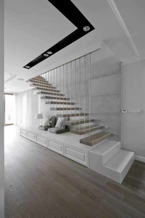 Modern Corridor, Hallway and Staircase by 3deko Modern