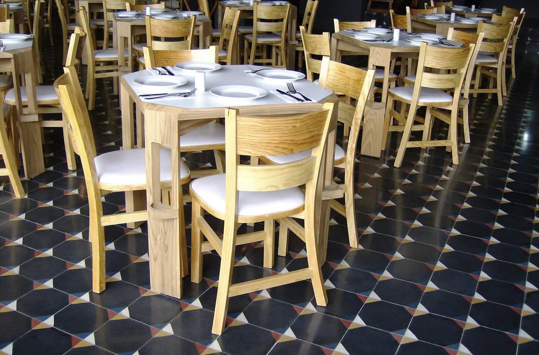 Restaurante Fútbol Club: Restaurantes de estilo  por Un Rayito de Sol