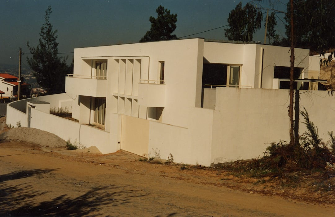 Vista sudoeste José Melo Ferreira, Arquitecto Moradias Betão Bege