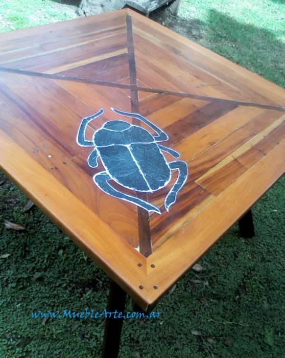 Mesa comedor hecha con madera reciclada y piedra.: Comedores de estilo  por MuebleArte,Rústico Madera Acabado en madera