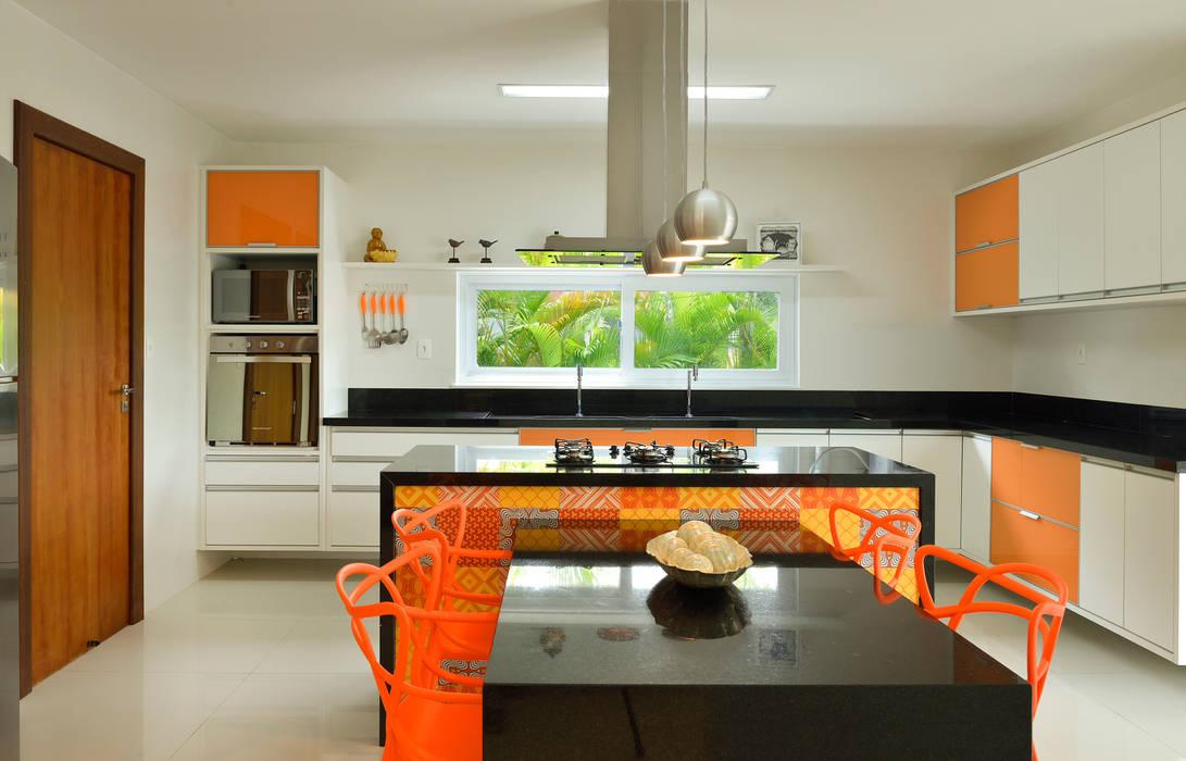 Pinheiro Martinez Arquitetura 現代廚房設計點子、靈感&圖片 Orange