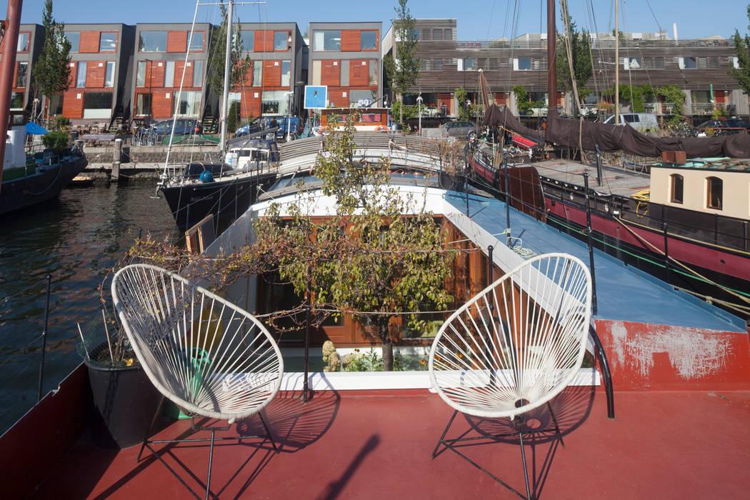 WOONSCHIP LA GONDOLA_02:  Jachten & jets door HOYT architecten, Modern