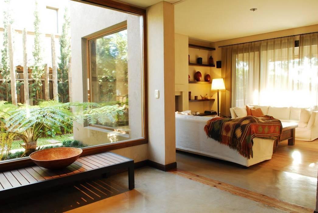 Livings de estilo moderno de Parrado Arquitectura Moderno