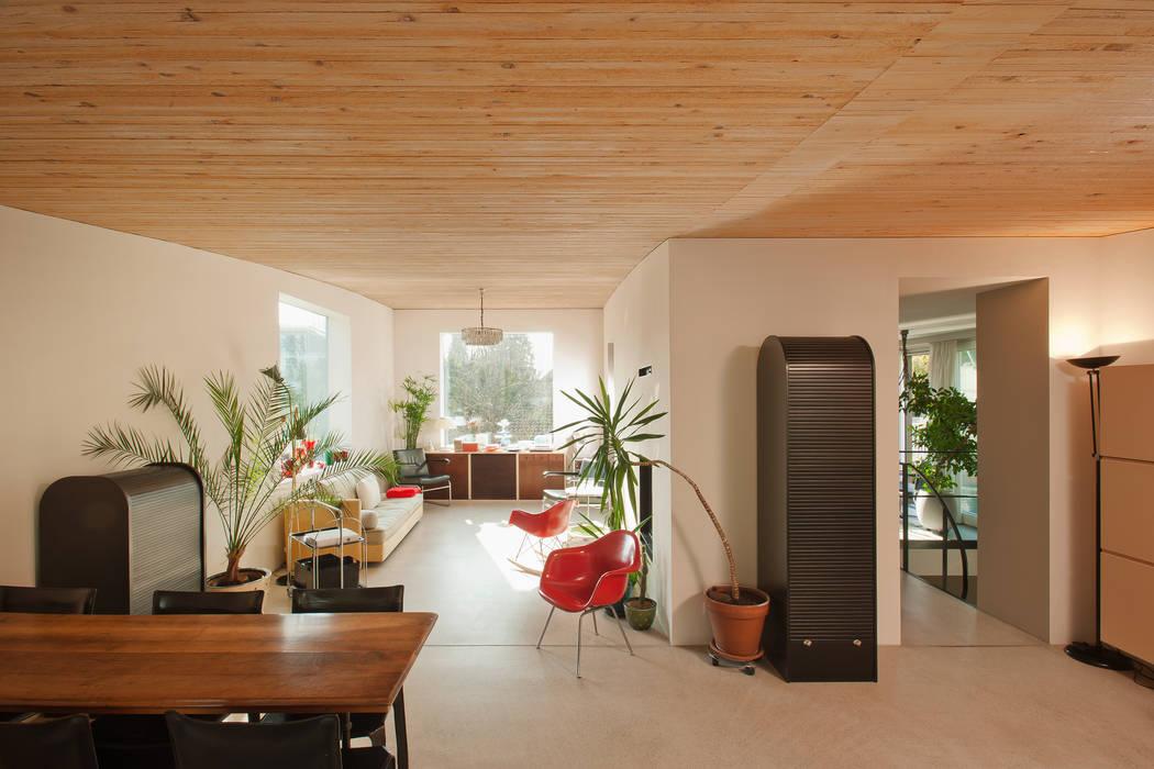 LENGACHER EMMENEGGER PARTNER AG Modern living room