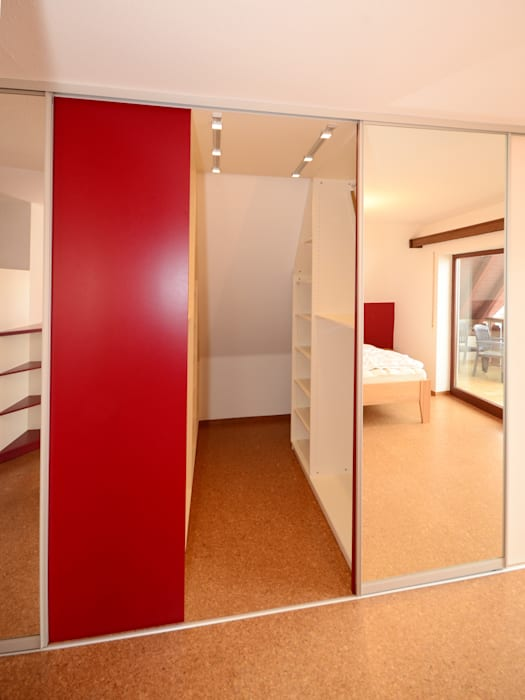 Modern Dressing Room By Schreinerei Niebler