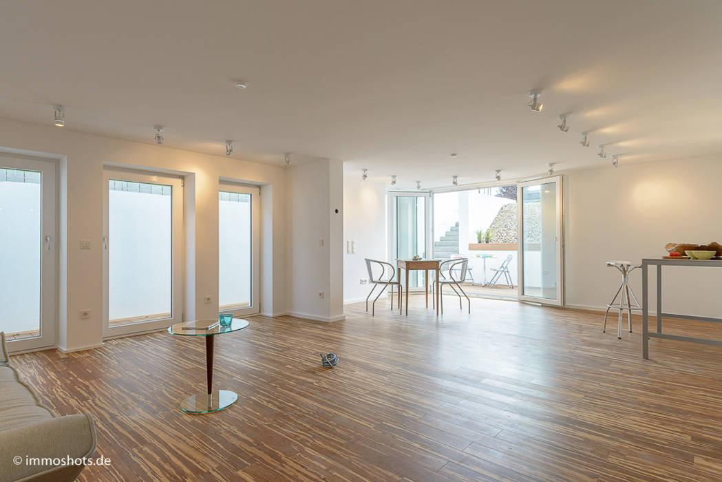 Einliegerwohnung Immotionelles Moderne Wohnzimmer