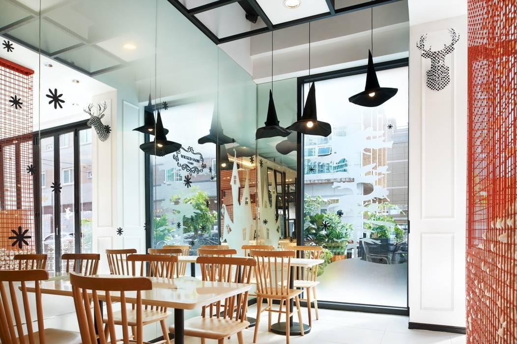 즐거운 브랜드의 스토리: Design m4의  상업 공간