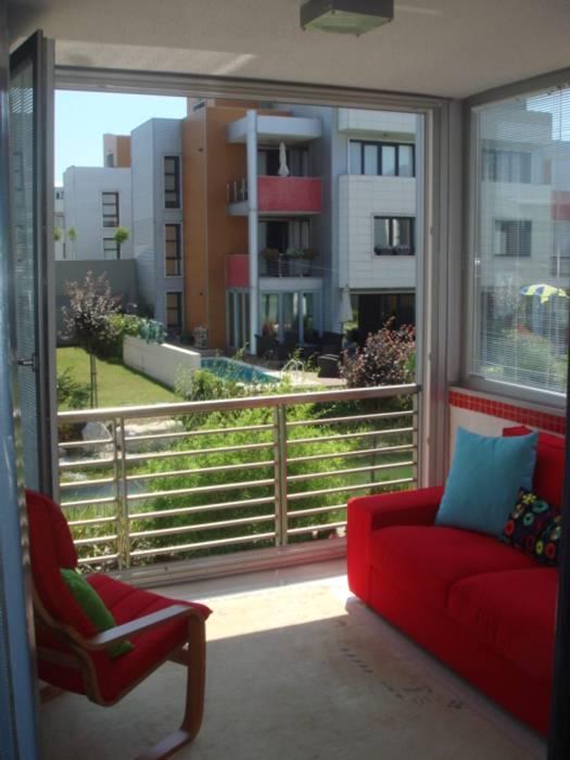 homify Modern Balkon, Veranda & Teras