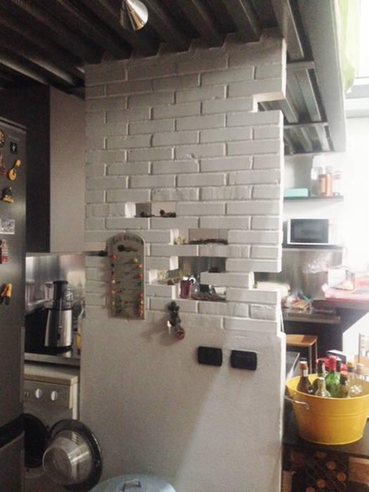 loft residenziale: Cucina in stile in stile Moderno di studio architettura terzaghi
