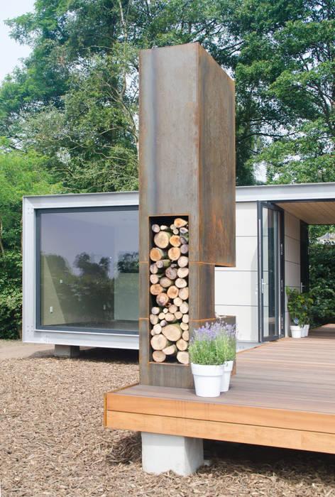 Panorama Prefab recreatiebungalow met guesthouse:  Huizen door Dingemans Architectuur,