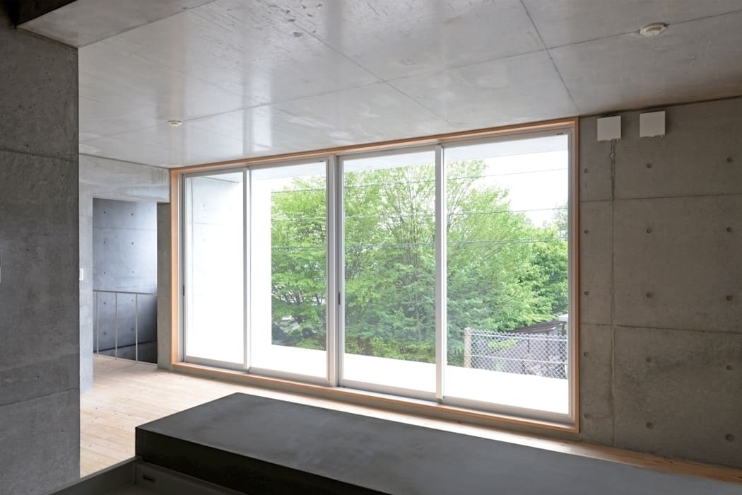 市原忍建築設計事務所 / Shinobu Ichihara Architects Modern Windows and Doors
