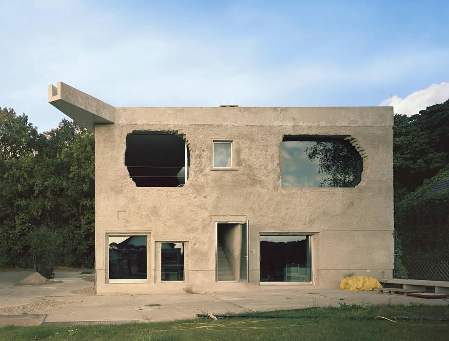 Minimalist house by Brandlhuber+ Emde, Schneider Minimalist