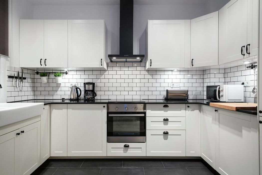 Modern Kitchen by Time2dsign Modern