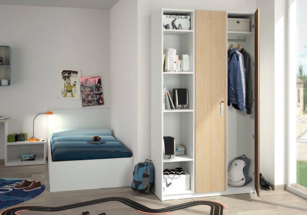 Armoire sur-mesure dressing et bibliothèque: Chambre d'enfant de style de style Scandinave par Centimetre.com