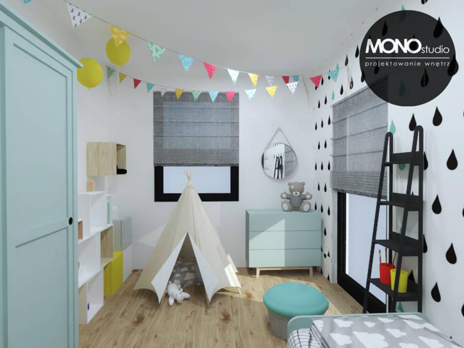 Pokój niemowlaka Skandynawski pokój dziecięcy od MONOstudio Skandynawski