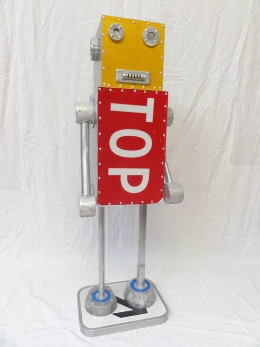 ROBOT TOP: Salon de style de style eclectique par CYRILLE PLATE