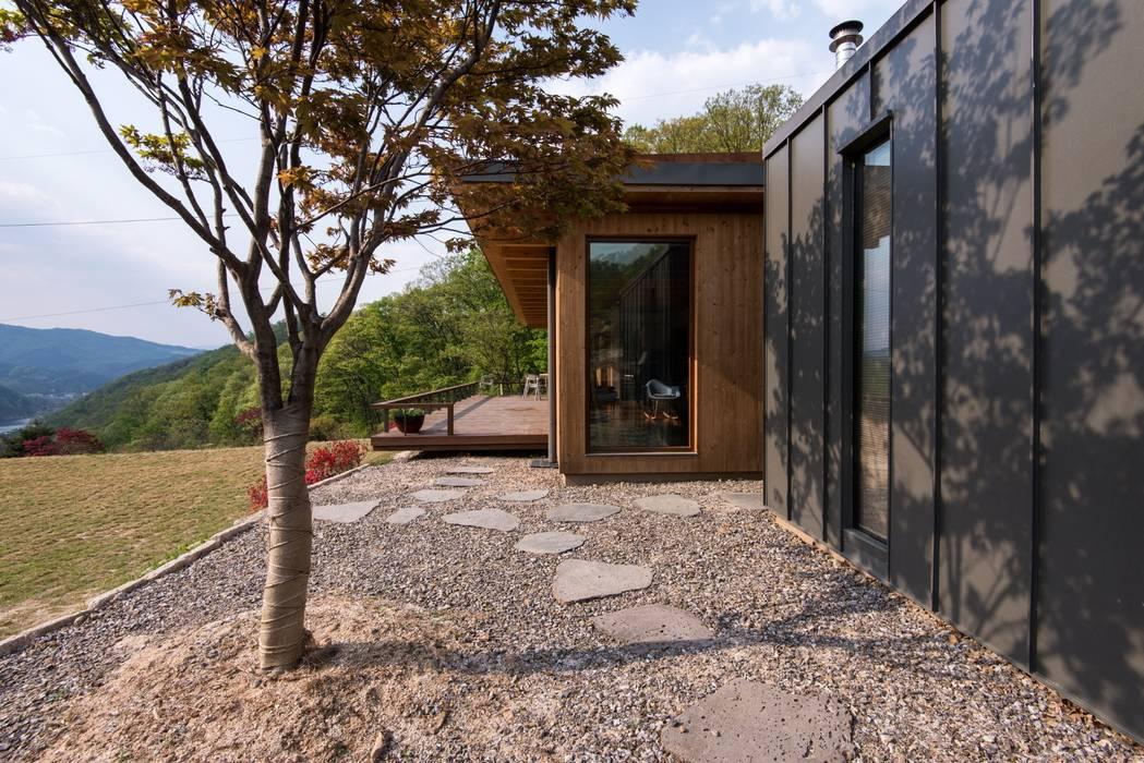Seo-Kyeong-Dab-Ka (西景答家) Modern houses by KAWA Design Group Modern