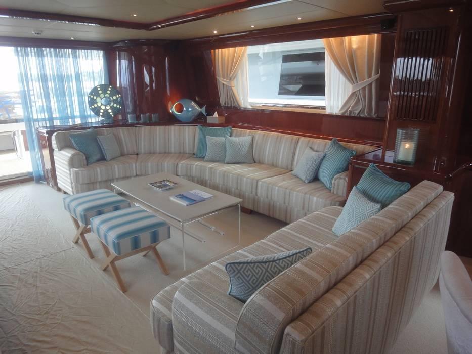 Yacht: Yachts & Jets de style  par Vincent Bonhomme, Moderne