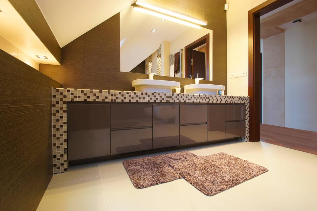 ArtDecoprojekt Baños de estilo moderno