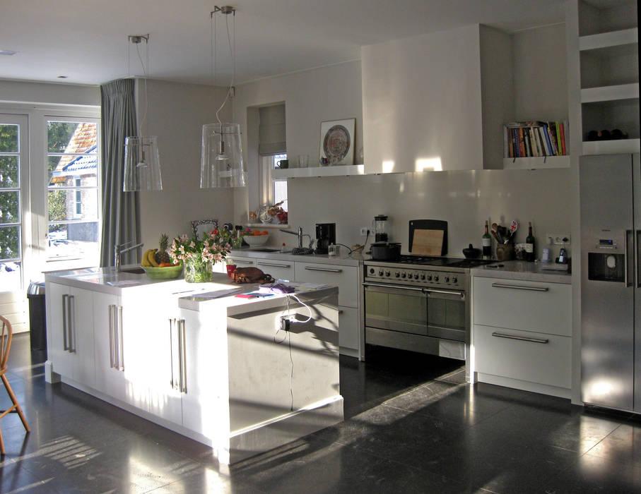 eetkeuken:  Keuken door Snellen Architectenbureau