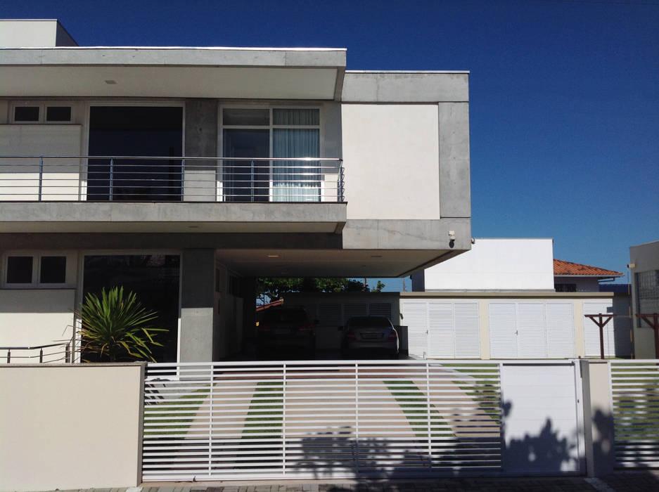 Moderne Häuser von PJV Arquitetura Modern
