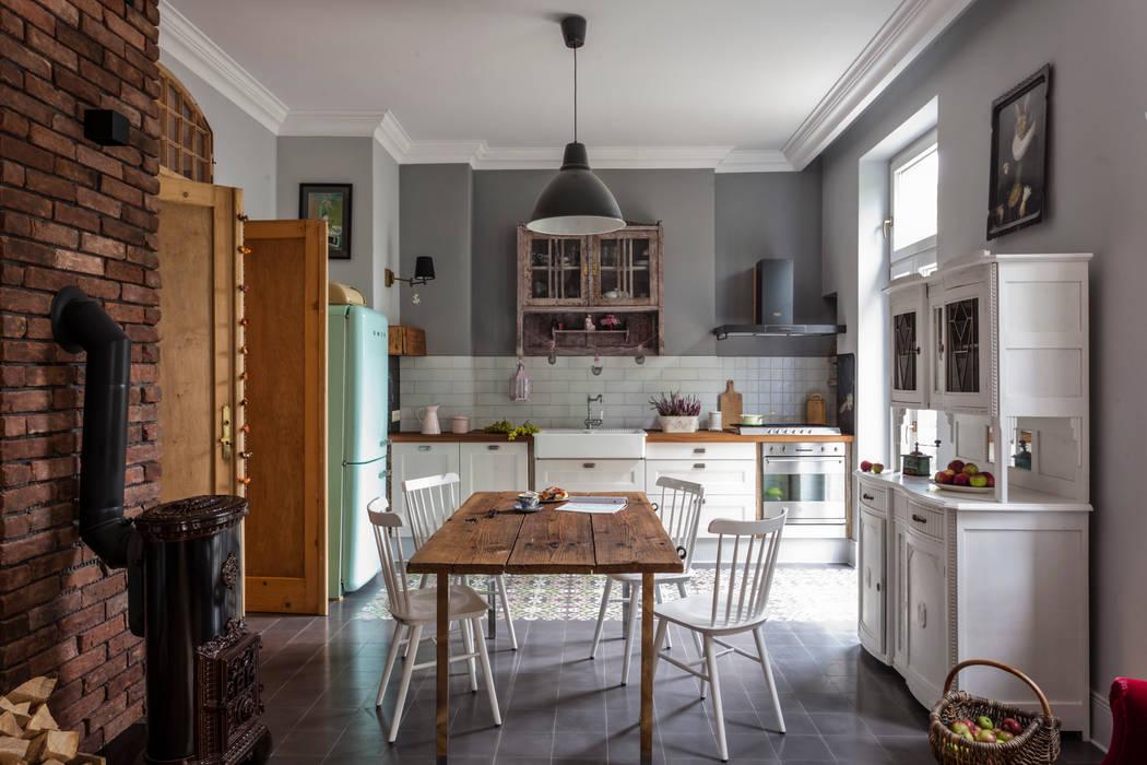 Projekt wnętrz domu kraków: styl , w kategorii Kuchnia zaprojektowany przez MOCOLOCCO