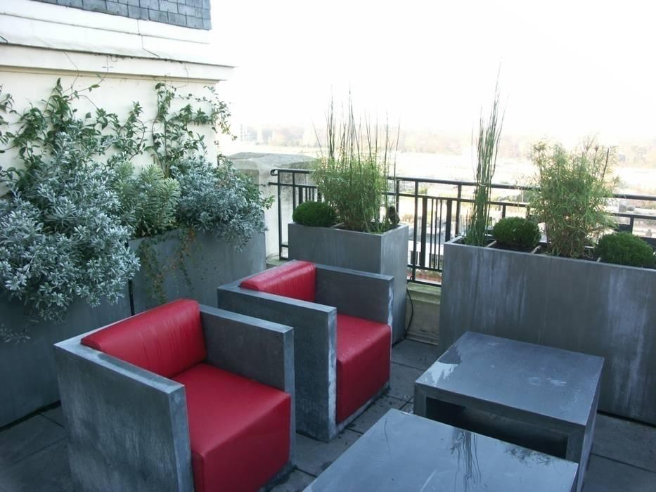 Balcones y terrazas de estilo industrial de FIORELLINO paysagiste Industrial