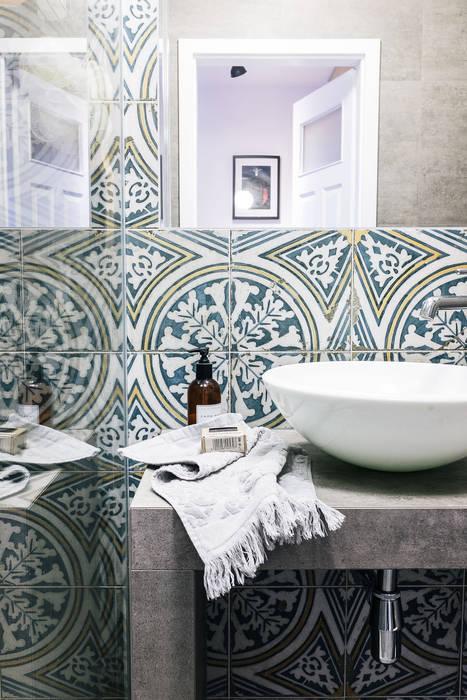 Odwzorowanie Eclectic style bathroom