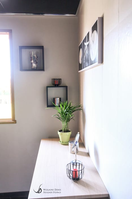 Modern bathroom by Violaine Denis Modern