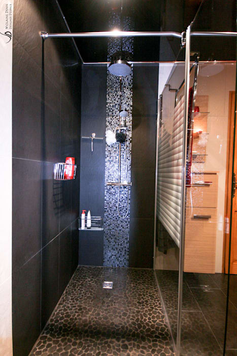 Salle de bain moderne: Salle de bains de style  par Violaine Denis