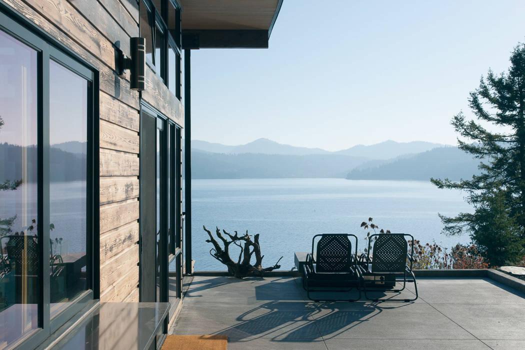 Camp Hammer:  Terrace by Uptic Studios,
