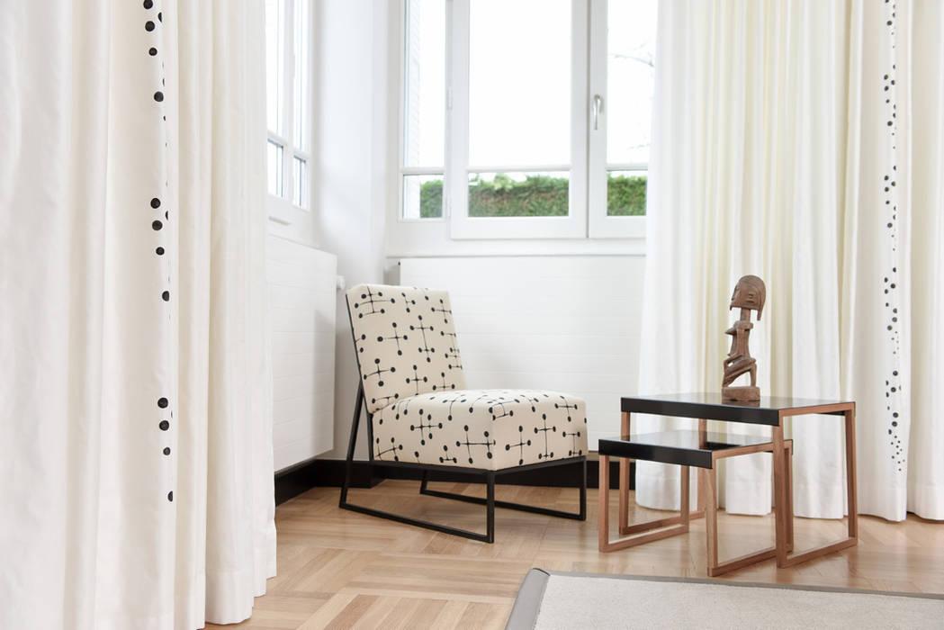 rideaux peints : Salon de style de style eclectique par Van Brabandt Design textile