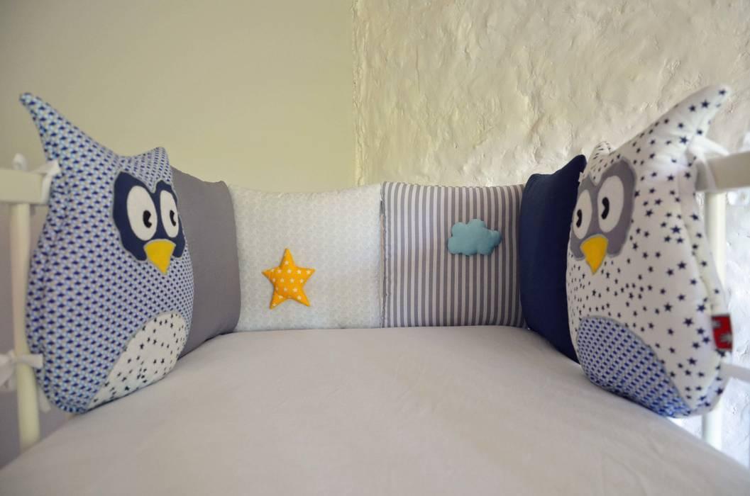 tour de lit b b chouettes toiles et nuage chambre d. Black Bedroom Furniture Sets. Home Design Ideas
