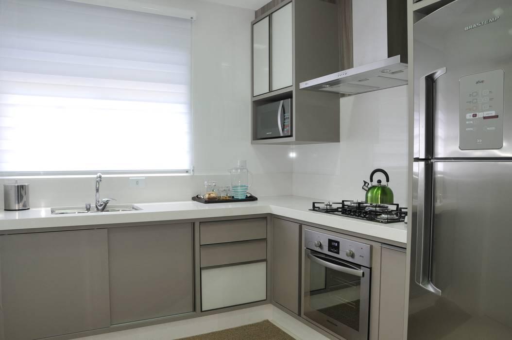 Cozinha por Luizana Wiggers Projetos Moderno