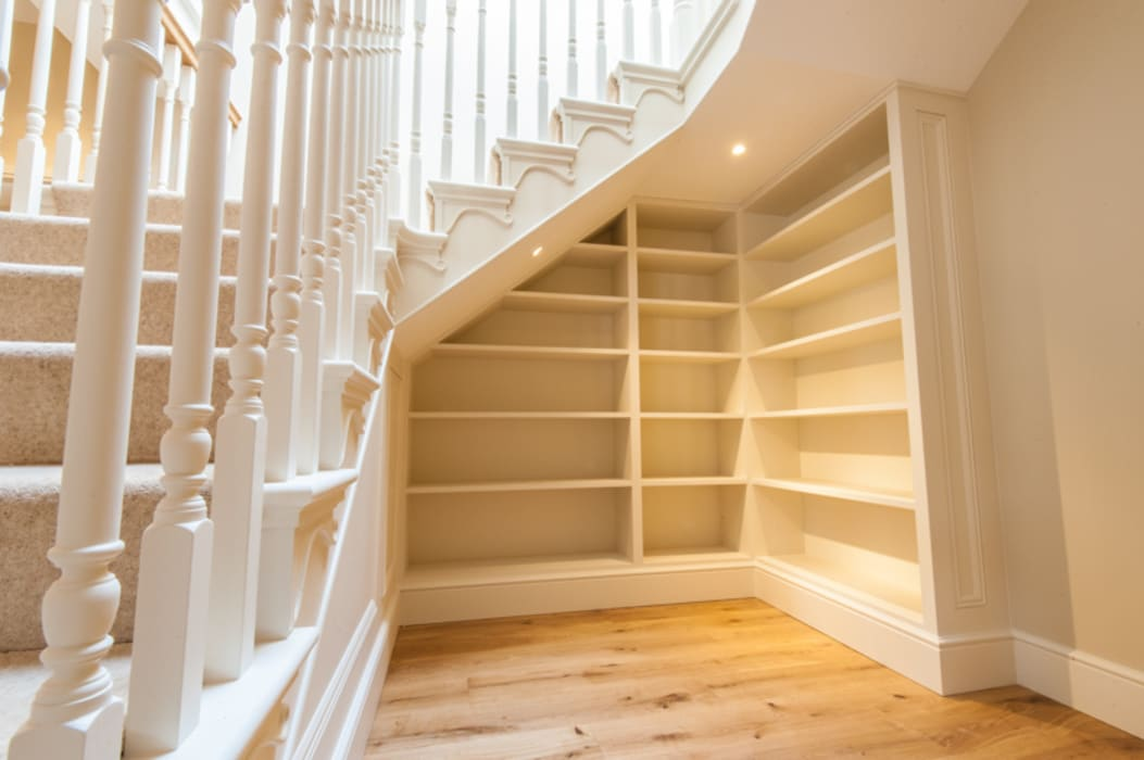 Corridor & hallway by Buscott Woodworking, Classic