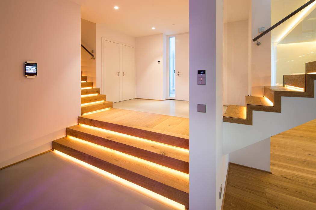 Eingangsbereich:  Flur & Diele von schulz.rooms,Modern