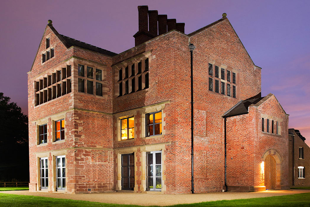 Bewsey Old Hall:  Houses by Pearson Architects, Modern
