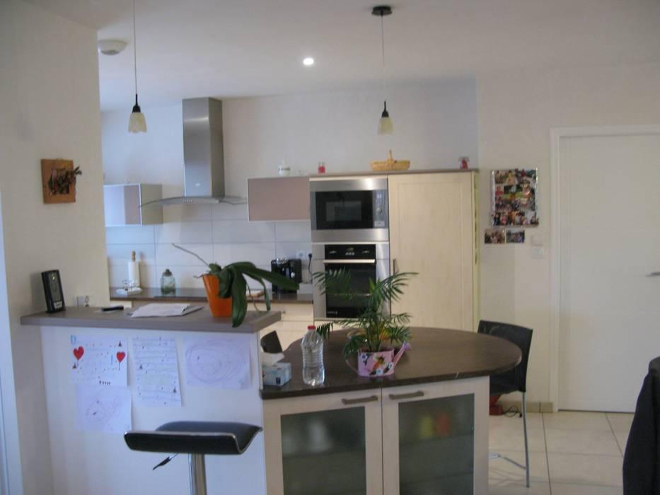 Projekty,  Kuchnia zaprojektowane przez Uniq intérieurs,
