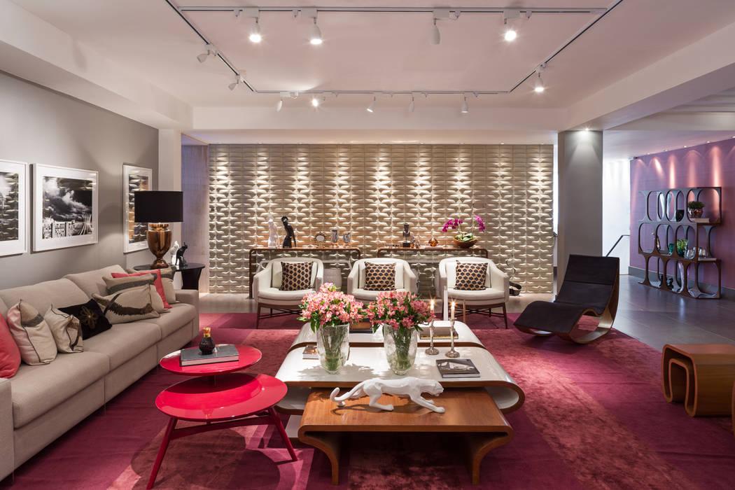 Salones de estilo moderno de Arina Araujo Arquitetura e Interiores Moderno