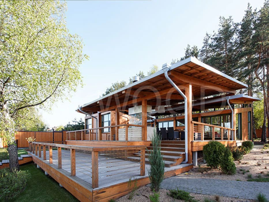 Balcones y terrazas de estilo escandinavo de NEWOOD - Современные деревянные дома Escandinavo