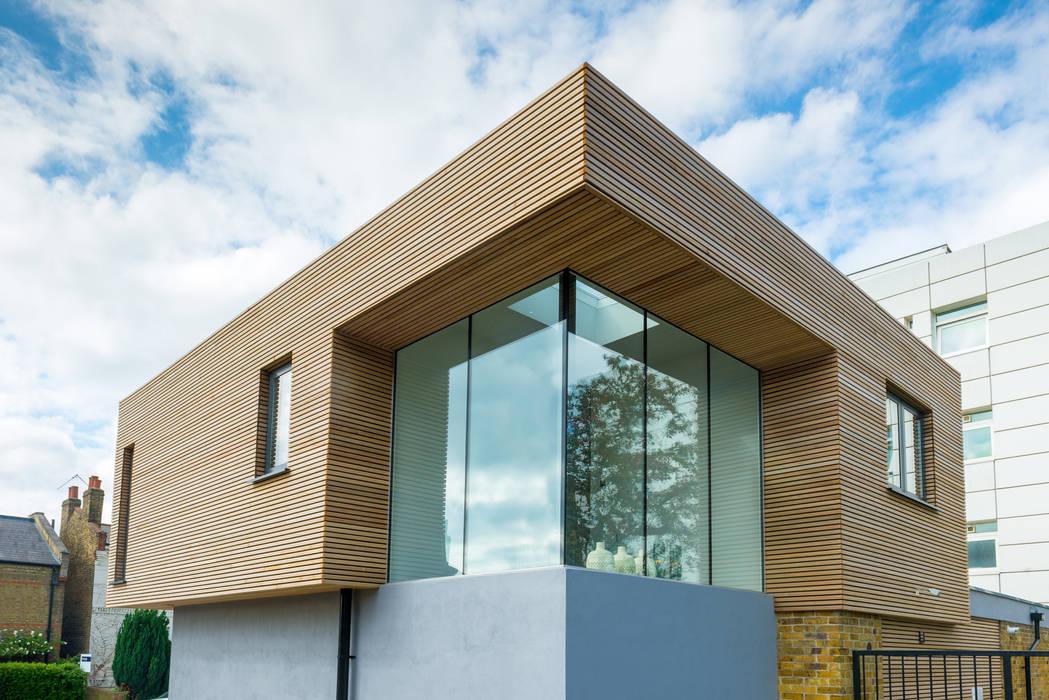 Corner staircase glazed lantern. The Chase Architecture 現代房屋設計點子、靈感 & 圖片
