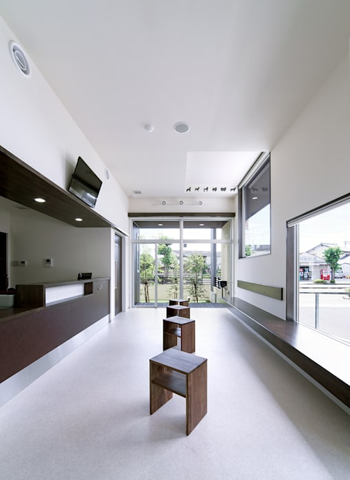 Windows by トヨダデザイン, Modern Stone