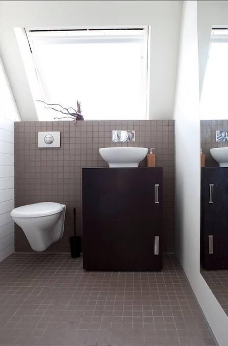 badkamer:  Badkamer door ontwerpplek, interieurarchitectuur