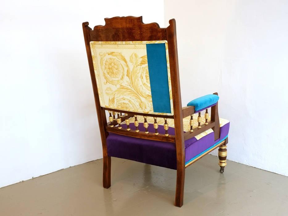 คลาสสิก  โดย Urban Upholstery, คลาสสิค