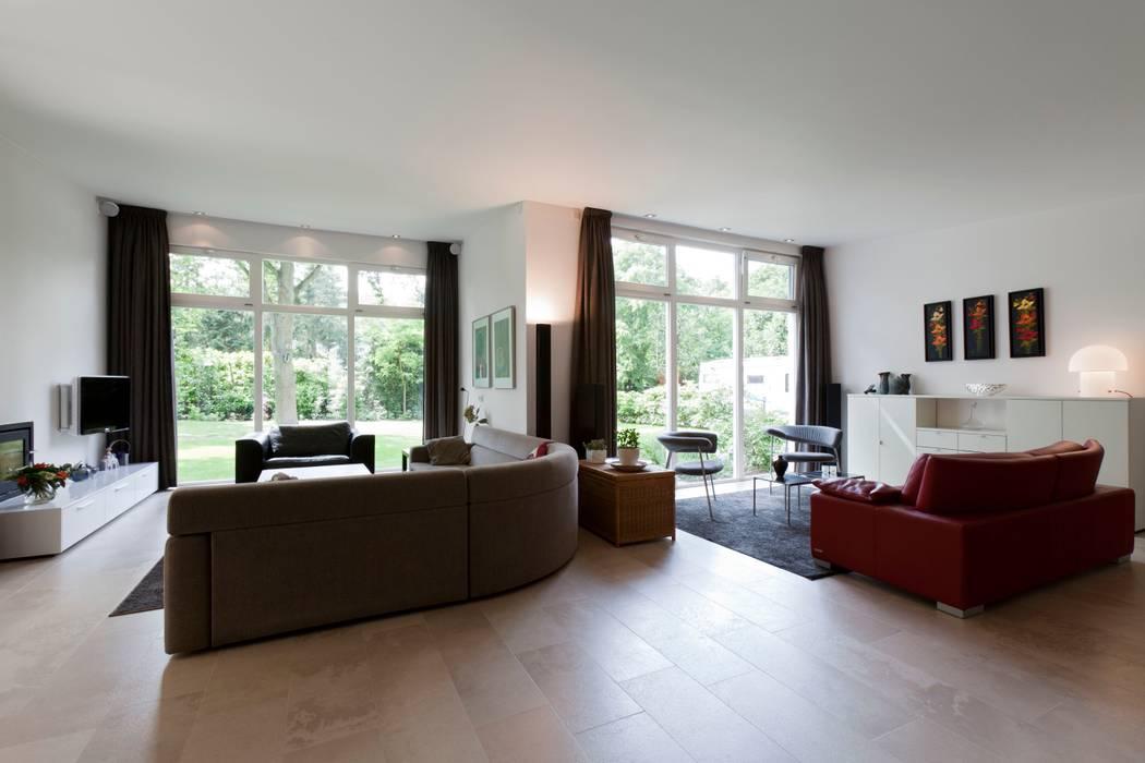 modern  oleh Suzanne de Kanter Architectuur & Interieur, Modern
