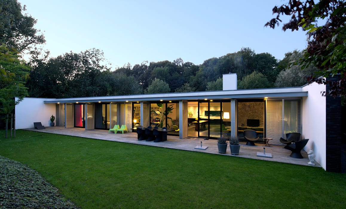 Achtergevel woonhuis Kralingseweg:  Bungalow door De Kovel architecten